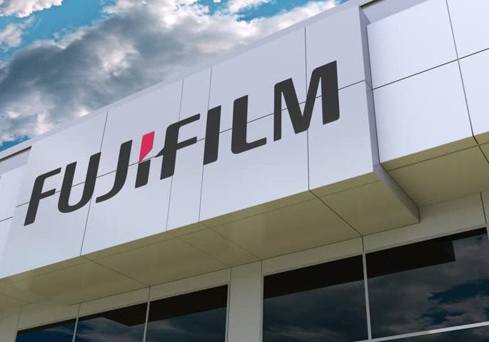 FujiFilm Cronin Movers