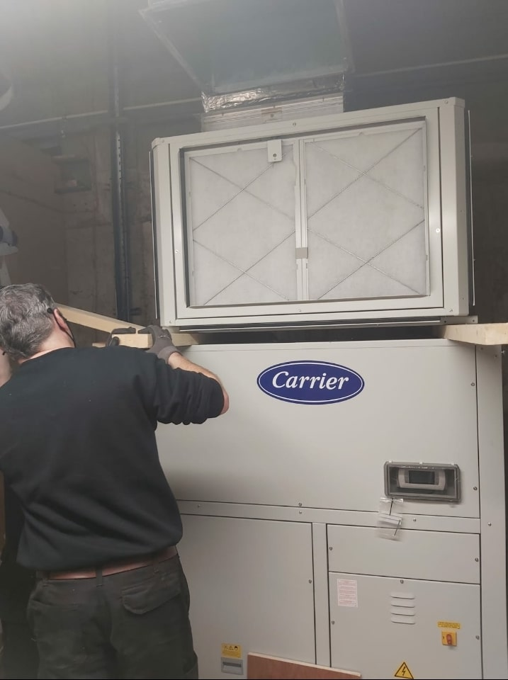 Movers Chiller System